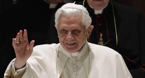 Abraçar a humildade e deixar o orgulho, exorta Bento XVI no ângelus dominical