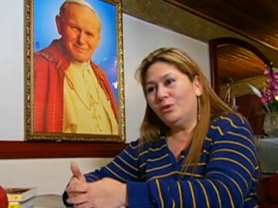 Fiel foi curada de doença fatal após rezar para o Papa João Paulo II