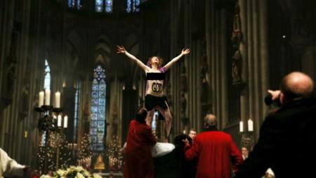 profanacao-na-catedral